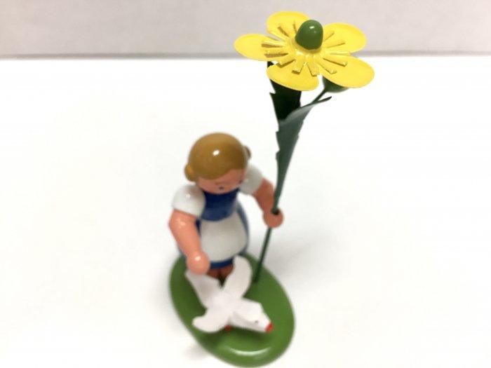 WEHA 花娘「キンポウゲの花を持って・鳥といっしょ」