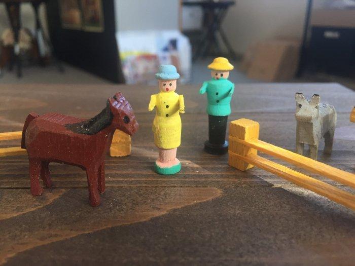 ミニチュア手彫りヴィンテージ「小さな農場セット」