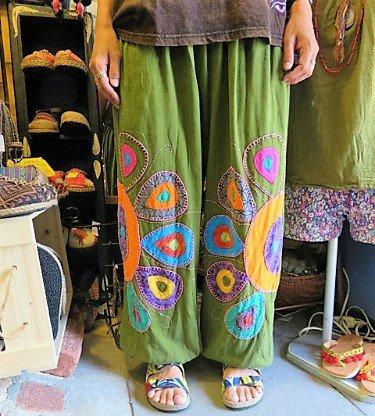 【ポカラオリジナル☆】エスニックファッションオールシーズンOK!男女兼用/ステッチ刺繍パッチワークバルーンパンツ・草色(IR-77…