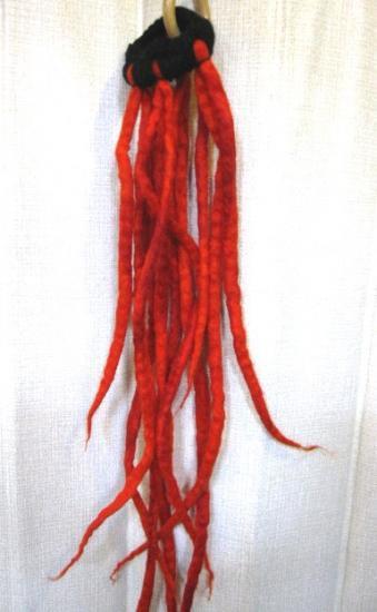ヒッピーファッションヘアアクセサリー☆フェルトモコモコロングヘアゴムドレッドヘアゴム・橙系(HA-248)
