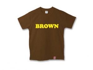 ブラウンTシャツ