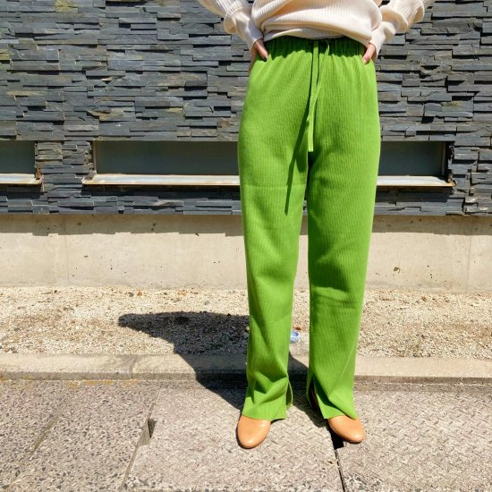 <img class='new_mark_img1' src='https://img.shop-pro.jp/img/new/icons11.gif' style='border:none;display:inline;margin:0px;padding:0px;width:auto;' />2021「H」Original RIB Knit Pants