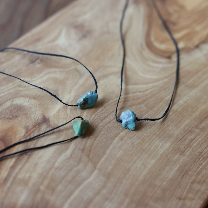 One grain turquoise necklace