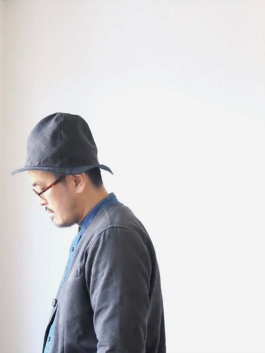 omabow new mountain reversible hat  / black × blue