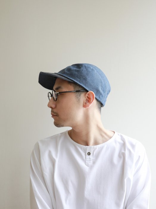 omabow reversible cap / A