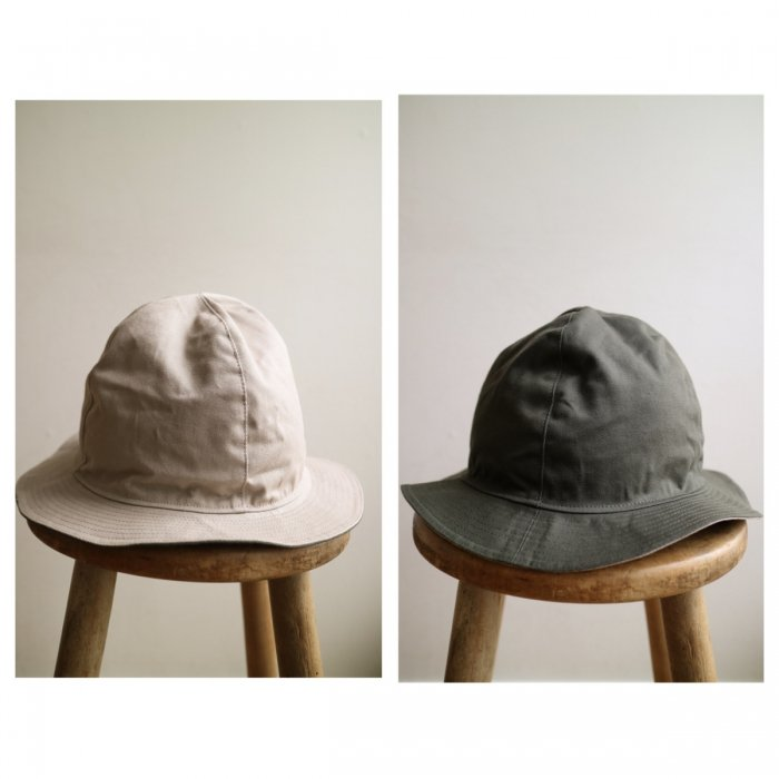 omabow new mountain reversible hat  / khaki × light beige