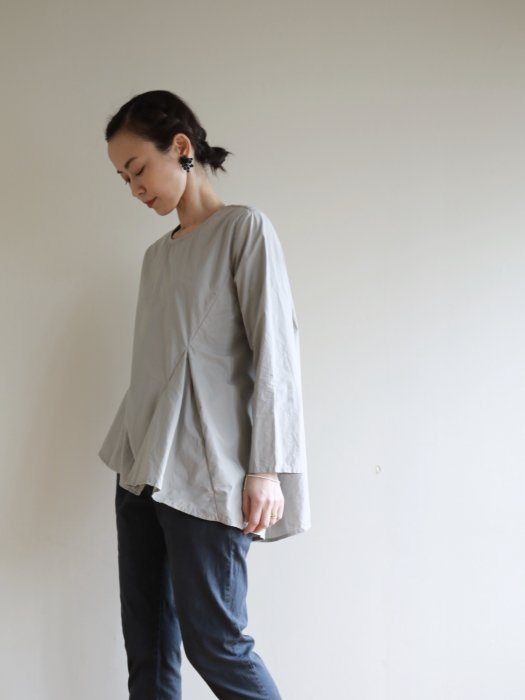 omake / tail tops / lightgray