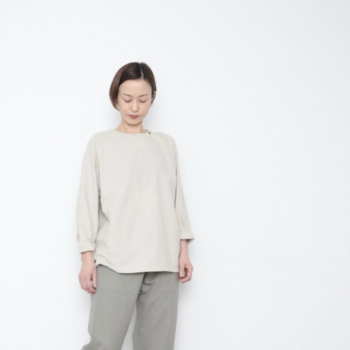 Genderless pullover shoulder button / LINEN / size M