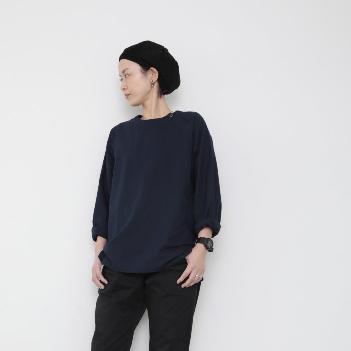 Genderless pullover shoulder button / NAVY / size M