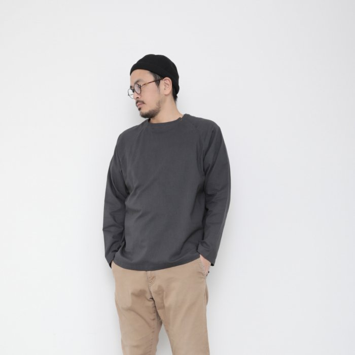 Genderless pullover shoulder button / GRAY / size L