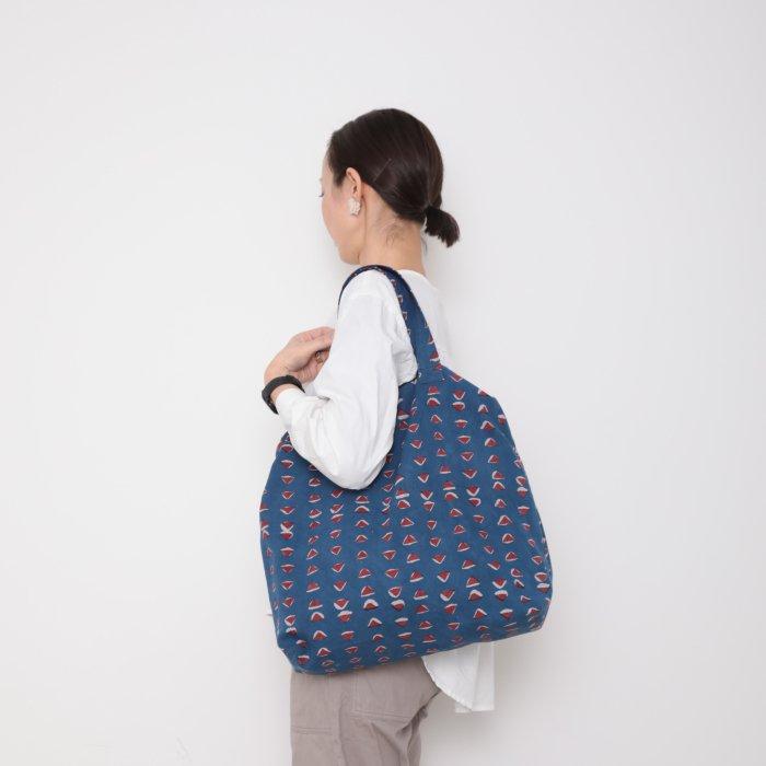 Hand block print kinchaku bag / sankaku