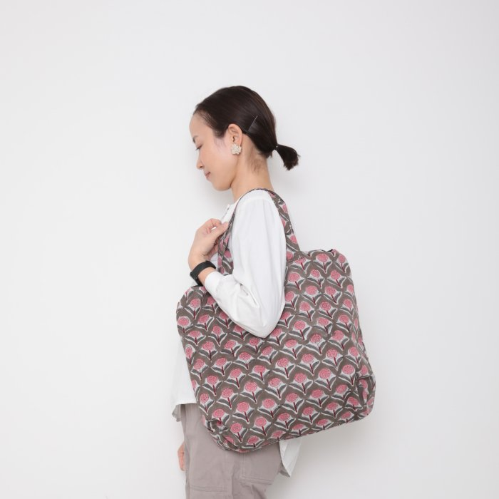 Hand block print kinchaku bag / hana pink