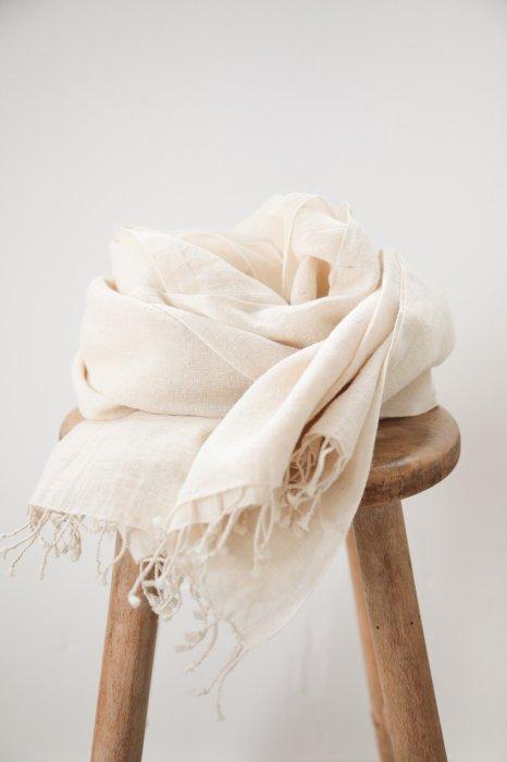 chahat / hemp cotton stole / kinari