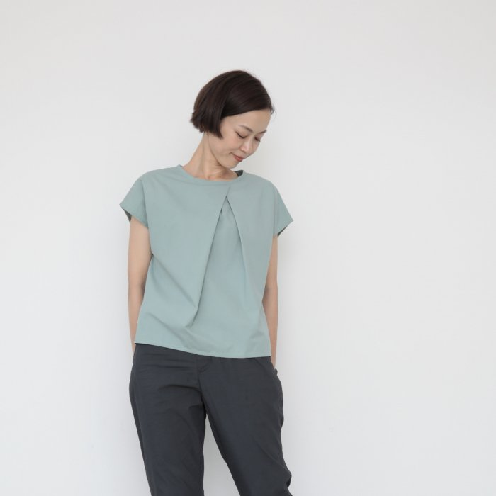 Origami blouse / mint