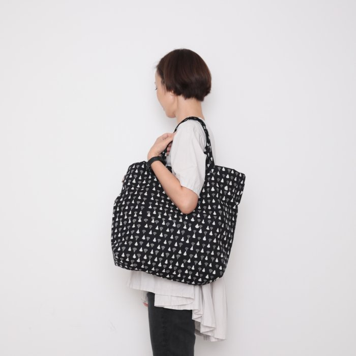 Hand block print kinchaku bag / sensu