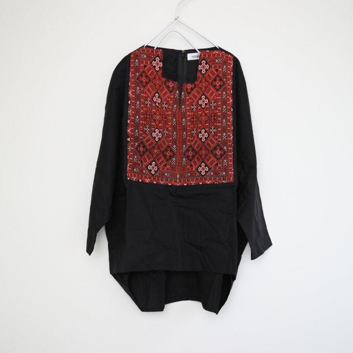 Barochi tops / black / 6