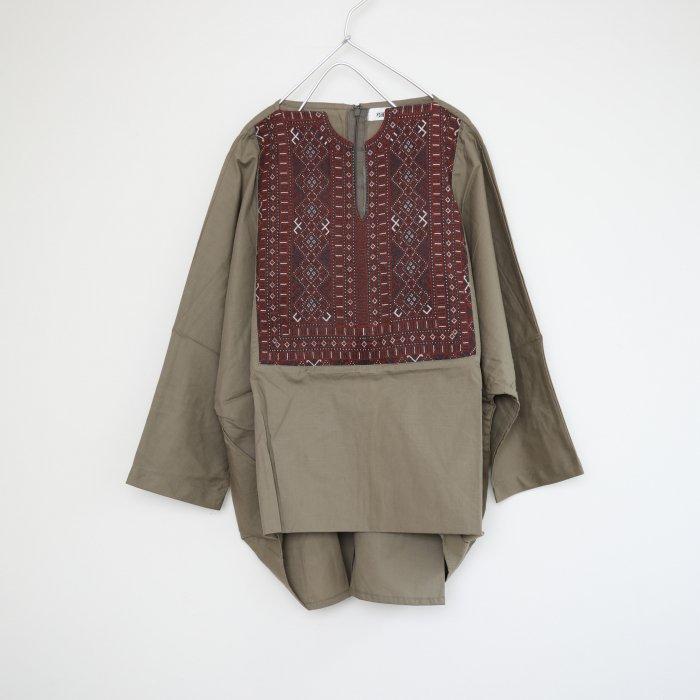 Barochi tops / khaki / 9