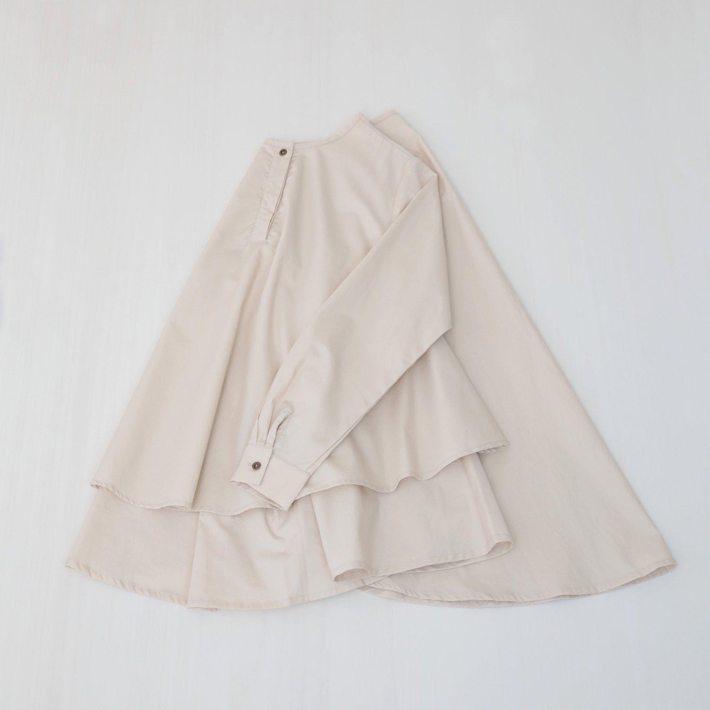 ただいま再製作中 Kasane blouse / light beige