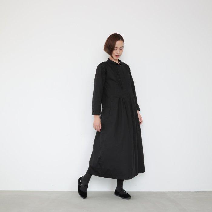 Pintucked dress op / black