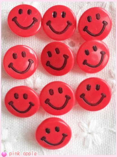 【現品限り】プラスチックスナップボタン【10mmニコちゃん】赤