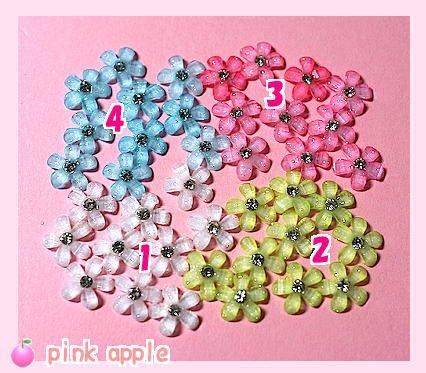 プラスチックスナップボタン【9mm白】+きらきら花パーツ