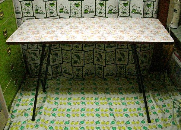 昭和レトロ 花柄 折りたたみ ハイテーブル