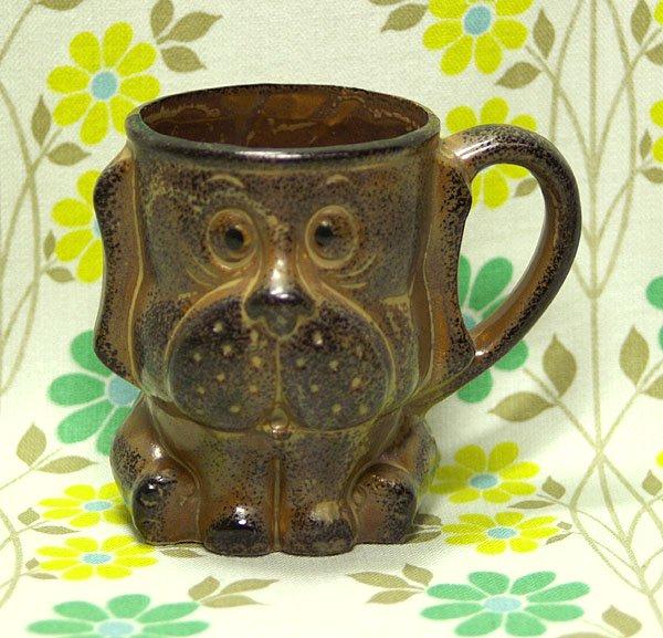 レトロポップ 陶器製 犬型 マグカップ