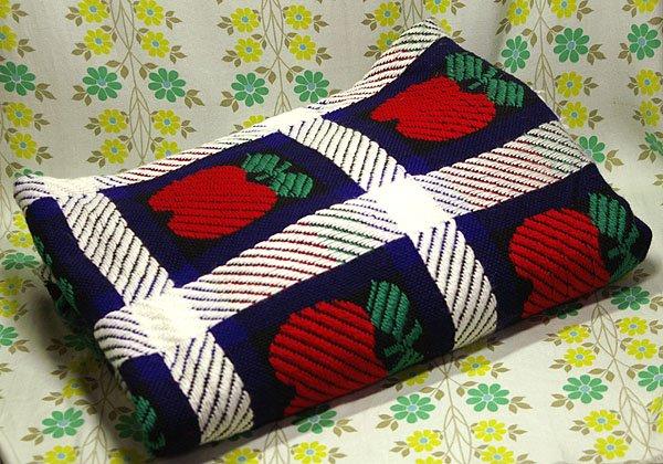 レトロポップ こたつ布団カバー リンゴ柄×格子