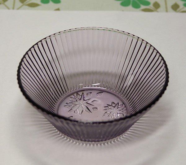昭和レトロ 紫 プレスガラス 小鉢 雪柄