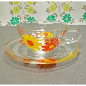 レトロポップ デイジー花柄 ガラス製 カップ&ソーサー