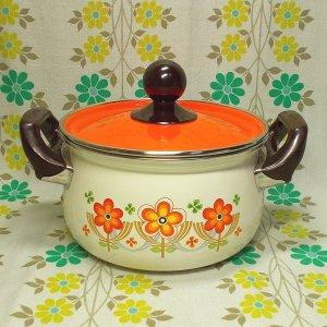 レトロポップ ユニフラワー花柄 ホーロー製 両手鍋