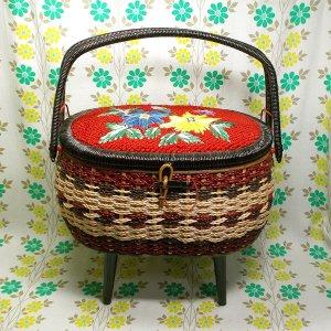 昭和レトロ 脚付き バスケット裁縫箱 オーバル型