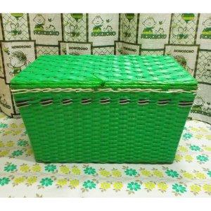 レトロポップ ビニール編みカゴ 収納箱 グリーン