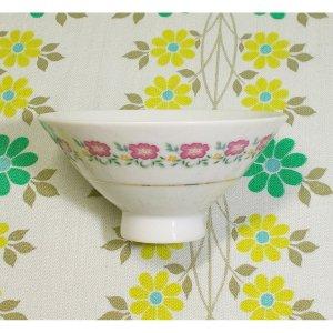 レトロポップ ピンク花柄 陶器製 茶碗