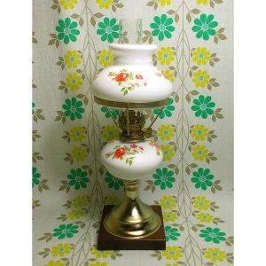 昭和レトロ ミルクガラス 花柄 オイルランプ