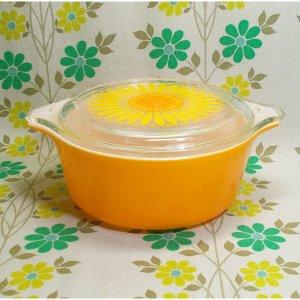 USAビンテージ オールドパイレックス キャセロールM デイジー花柄 オレンジ
