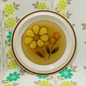 レトロポップ ストーンウェア デザートプレート イエロー花柄 Φ19cm