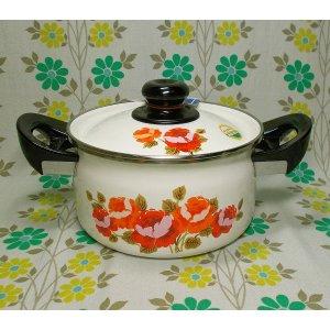 レトロポップ バラ花柄 ホーロー製 両手鍋 18cm ローゼ