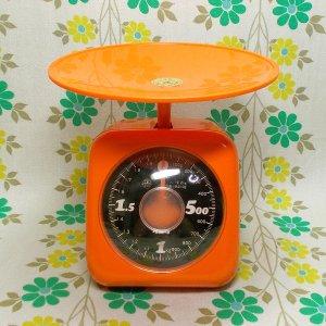 レトロポップ クボタ キッチンスケール 2kg オレンジ