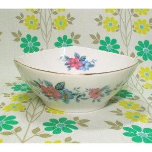 昭和レトロ 陶器製 花柄 中鉢