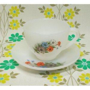 フランスビンテージ arcopal ペチュニア花柄 カップ&ソーサー