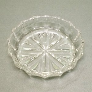 レトロポップ プレスガラス イチゴ皿