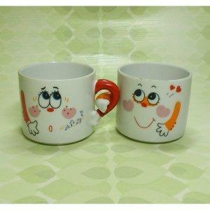 レトロポップ 陶器製 腕組み ペアマグカップ