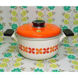レトロポップ ホーロー製 両手鍋 20cm オレンジ×レッド クローバー花柄