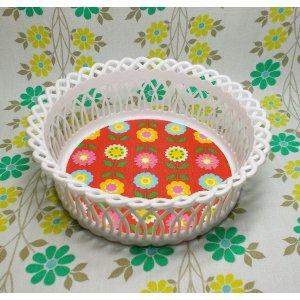 レトロプラスチック 花柄 カゴバスケット 丸型