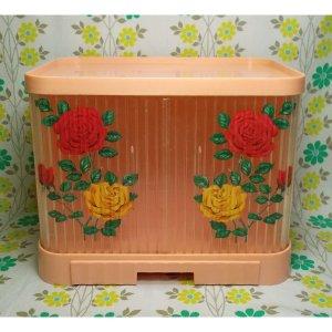 レトロプラスチック 薔薇花柄 蛇腹扉 キッチンケース ピンク