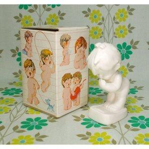レトロファンシー 千趣会 Skip 白い陶器人形 「なやみ」