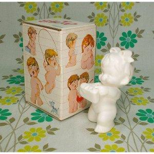 レトロファンシー 千趣会 Skip 白い陶器人形 「おすまし」