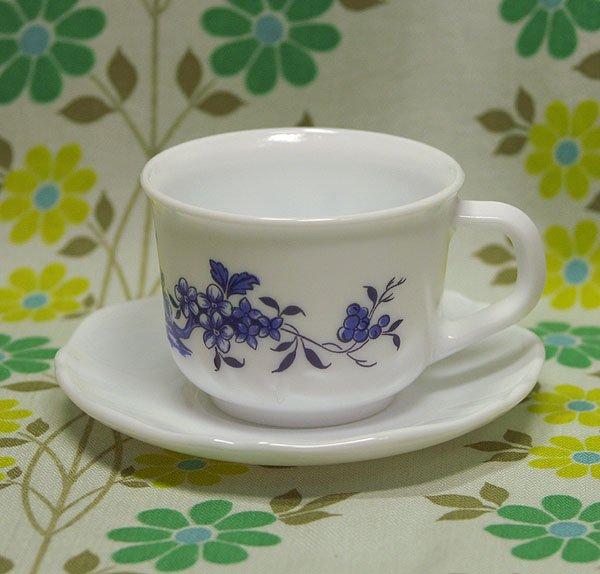 ビンテージ arcopal ブルー花柄 カップ&ソーサー