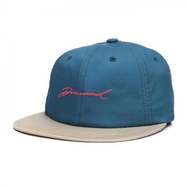 DIAMOND SUPPLY CO. / PARADISE SCRIPT UNSTRUCTURED 6-PANEL STRAPBACK